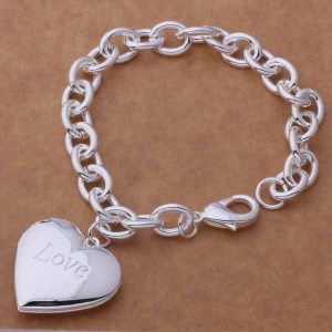 Love-Bracelet (1)